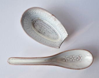 Ceramic Spoon Rest/Small Spoon Holder with Spoon