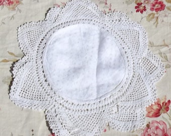 Pair Antique Vintage Lace and Linen Pieces Handmade Star Crochet Doilies Place mats