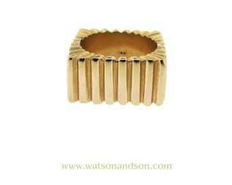 14k Yellow Gold Square Shaped Ribbed Ring