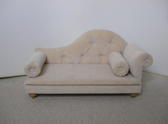 Nice Sofa For Cat And Dog