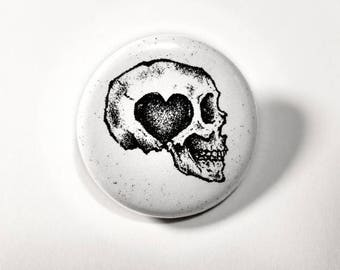ON SALE Love Skull button pin // Pinback buttons- Badges - button pin // Free shipping!