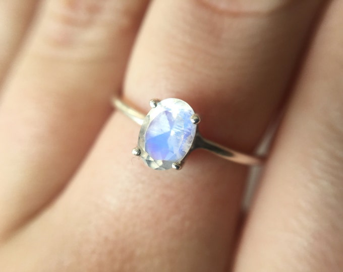 Dainty Faceted Oval Moonstone Ring in sterling silver - sterling silver moonstone ring - faceted moonstone ring - silver moonstone ring