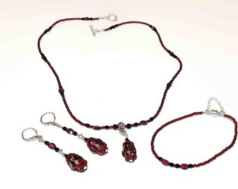 Garnet Necklace Bracelet and Matching Earrings With Black and Red Accent Beads