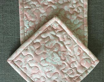 Quilted Pot holders , Potholders,pot holders, Fabric Pot holders, Contemporary Potholders ,7 x 7 inch,peach