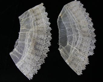 Antique lace Point de Gaze cuff set vintage Civil War era