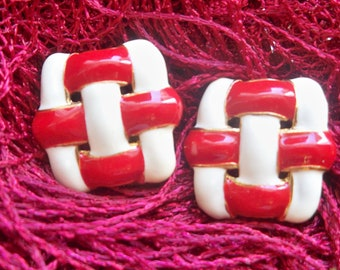 Red and White Enamel Clip Earrings  #SophieLadyDeParis
