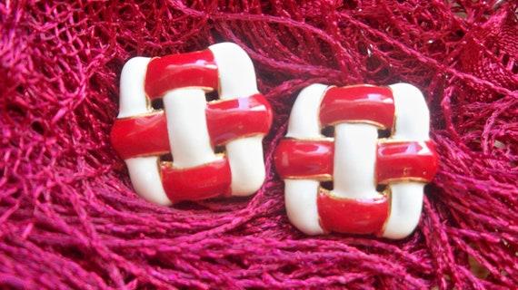 Red and White Enamel Clip Earrings  #SophieLadyDeParis