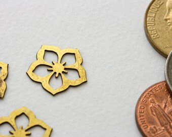 Vintage photochemically etched earring components from Kim Craftsmen. Original, never circulated. Priced per two pair.