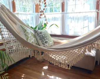White Hammock, double size. Outdoor hammock. Luxury woven, Hand Woven. Soft Cotton hammock Bell Fringe, wedding gift