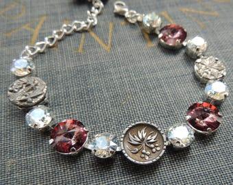 Button Bracelet / Rhinestone Bracelet / Victorian Button Bracelet / Swarovski Bracelet / Bridal Bracelet / Vintage Button Bracelet