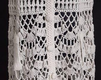 Vintage 1960's 60's / 1970's 70's white wool hand crocheted fringed cape, poncho, shawl, wrap UK size 10 - 14