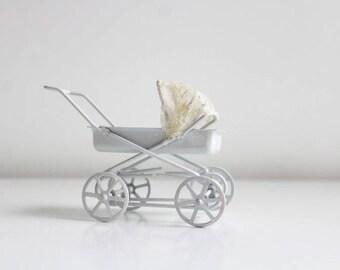 Miniature Stroller, Dollhouse Stroller, Miniature Pram, Dollhouse Pram, White Stroller White Pram Lace Pram Dollhouse Nursery Dollhouse Baby