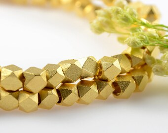 Matte Gold Beads, 4.5mm, Diamond Cut Beads, Tarnish Resistant Beads, 2.5mm Hole, Brass Beads
