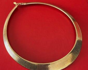 PARK LANE Elegant Graduated Gold Tone Collar Necklace