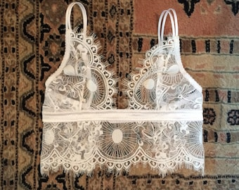 White Lace Top without underwire - Chantilly lace bralette - Bridal lace top