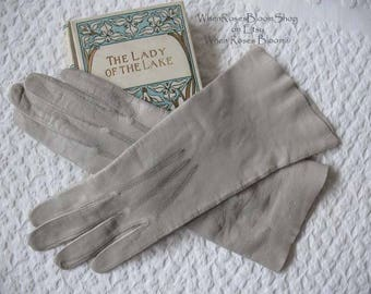 Vintage Gloves Gray Leather French Matinee sz 6.5 Elegant Mid Century Tailored Gloves  Miss Fisher Downton   FREE Ship USA   WhenRosesBloom