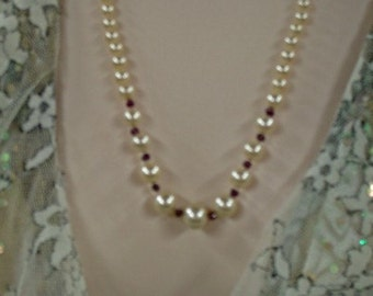 Vintage Pearl with Garnets Necklace - Graduated Vintage Pearls Necklace - Hand-knotted with Silk