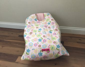 car seat blanket, infant carrier blanket, car seat cover, Quilted Flowers Snug L Bee, winter blanket for baby, baby shower gift, new baby