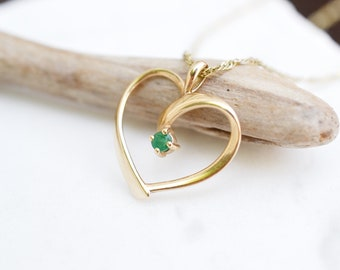 14k Yellow Gold Emerald Open Heart Necklace, 14k Gold Open Heart Necklace, Yellow Gold Emerald Necklace, 14k Emerald Jewelry