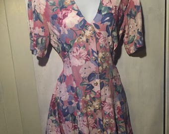 Pastel Floral Fit and Flare // 80s/90s MEDIUM