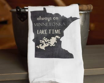 Personalized State and Lake Kitchen Towel, Lake Minnetonka Kitchen Towel, Lake Home Decor, Minnesota Kitchen Decor, Minnesota Gifts, MN Gift