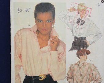 Sewing Pattern McCall's 2079 for a Woman's Shirt or Blouse in Size 14