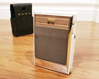 1961 SONY TR-630 Pocket 6 Transistor Radio, With Leather Case, Working