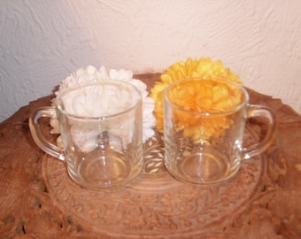 2 Vintage Pyrex clear glass Mugs