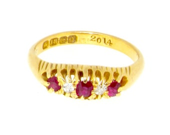 18ct antique ruby and diamond boat shaped 5 stone ring Birmingham 1913 size O