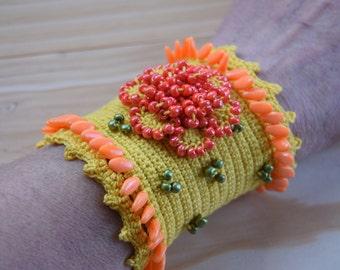 Yellow Cuff Bracelet,Crochet  Cuff, Bracelet,crocheted statement bracelet,crochet bracelet, crochet cuff,crocheted flowers, beaded cuff,