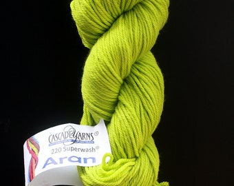 DESTASH cascade 220 superwash aran lime yellow green bright