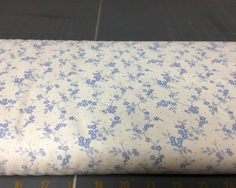 no. 984 blue/cream mdg floral vine Fabric by the yard