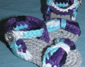 Crocheted Baby Sandals with Bow