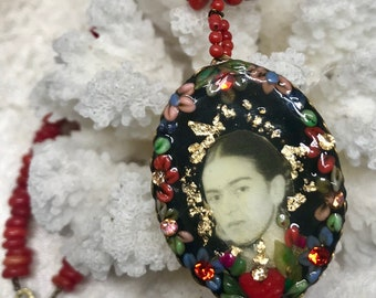 Lilygrace Frida Kahlo Black Cameo Pendant with Vintage Rhinestones and real Coral