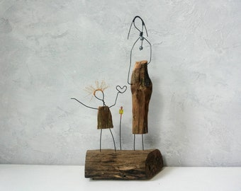 Mother's Day, Wedding couple gift, Office decor, Gift for him, Wire sculpture, Driftwood sculpture, love gift, Anniversary gift, Gift her