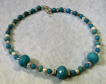 Faceted and Smooth Turquoise and Silver Choker Necklace
