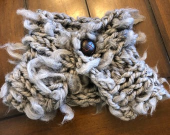 Merino tuft scarflette