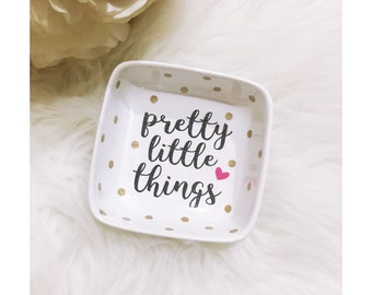 Pretty Little Things Ring Dish // Jewelry Dish // Jewelry Holder // Jewelry // Diamond Ring // Jewelry Dish // Wedding Gift // Engagement