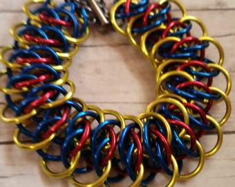 Snow White inspired chainmaille bracelet - Viperscale