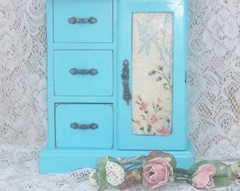 Vintage jewelry box  romantic french farmhouse style in distressed aqua