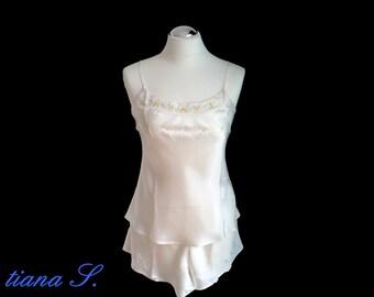 Seidenshorty cream, embroidered, night wash, size M