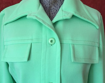 Smart and Feminine 70s Leisure Suit!/ Size-S