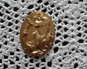 Vintage Jewelry gold gilt mold