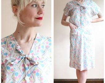 1940s Dress // Floral House Dress // vintage 40s dress