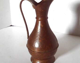 Vintage HAMMERED COPPER PITCHER with Brass Handle Vase 8-1/4 inches tall