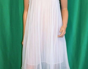 Vintage 50s CHARMODE White Sheer Chiffon Pleated Rockabilly Nightgown Negligee S