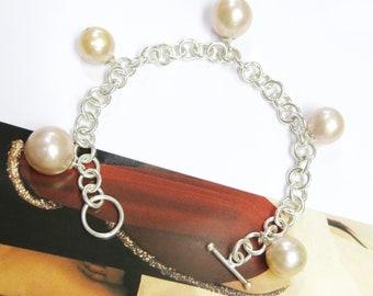 Freshwater Pearls 925 Sterling Silver Charm Bracelet.