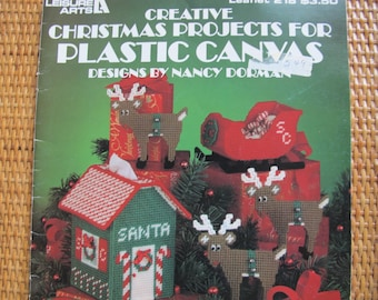 Creative Christmas Projects for Plastic Canvas by Nancy Dorman / Leisure Arts Leaflet 218