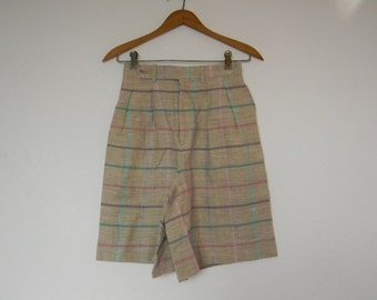 1970's  vintage women high waist pleated plaid shorts preppy nerd retro dry clean size 6