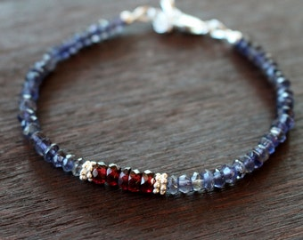Iolite Gemstone Bracelet, Garnet and Iolite Beaded Bracelet, Boho Gemstone Stacking Bracelet, Boho Chic Gemstone Bracelet, Gift For Her